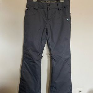 Oakley snow pants| great condition |